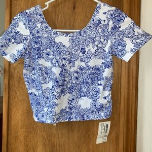 Tops - HALF OFF!! Printed Cotton Spandex